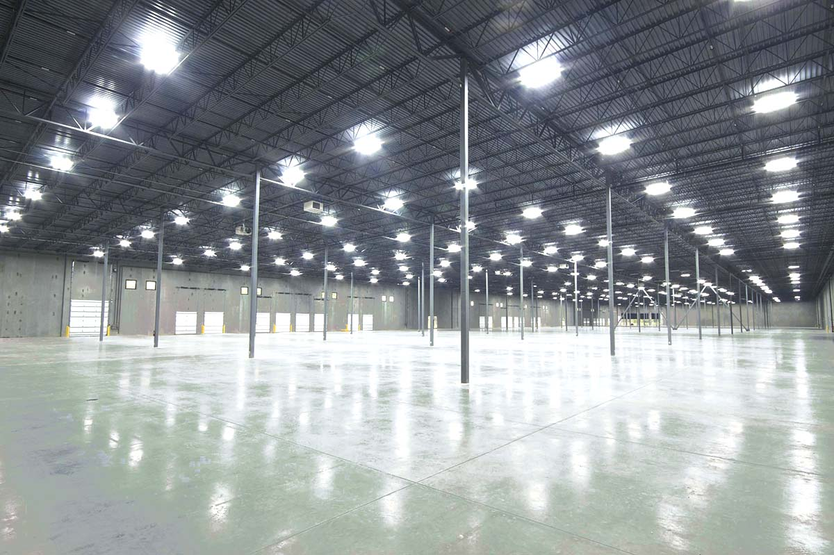 Lighting solutions with LED for warehouses and factories